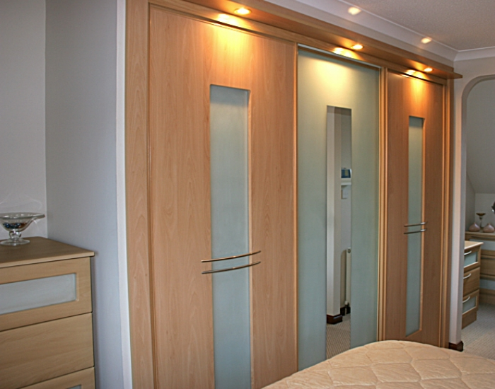 glass sliding doors sliding wooden bedroom wardrobe doors ... & sliding doors fitted wardrobes in Falkirk Stirling Glasgow central ... pezcame.com